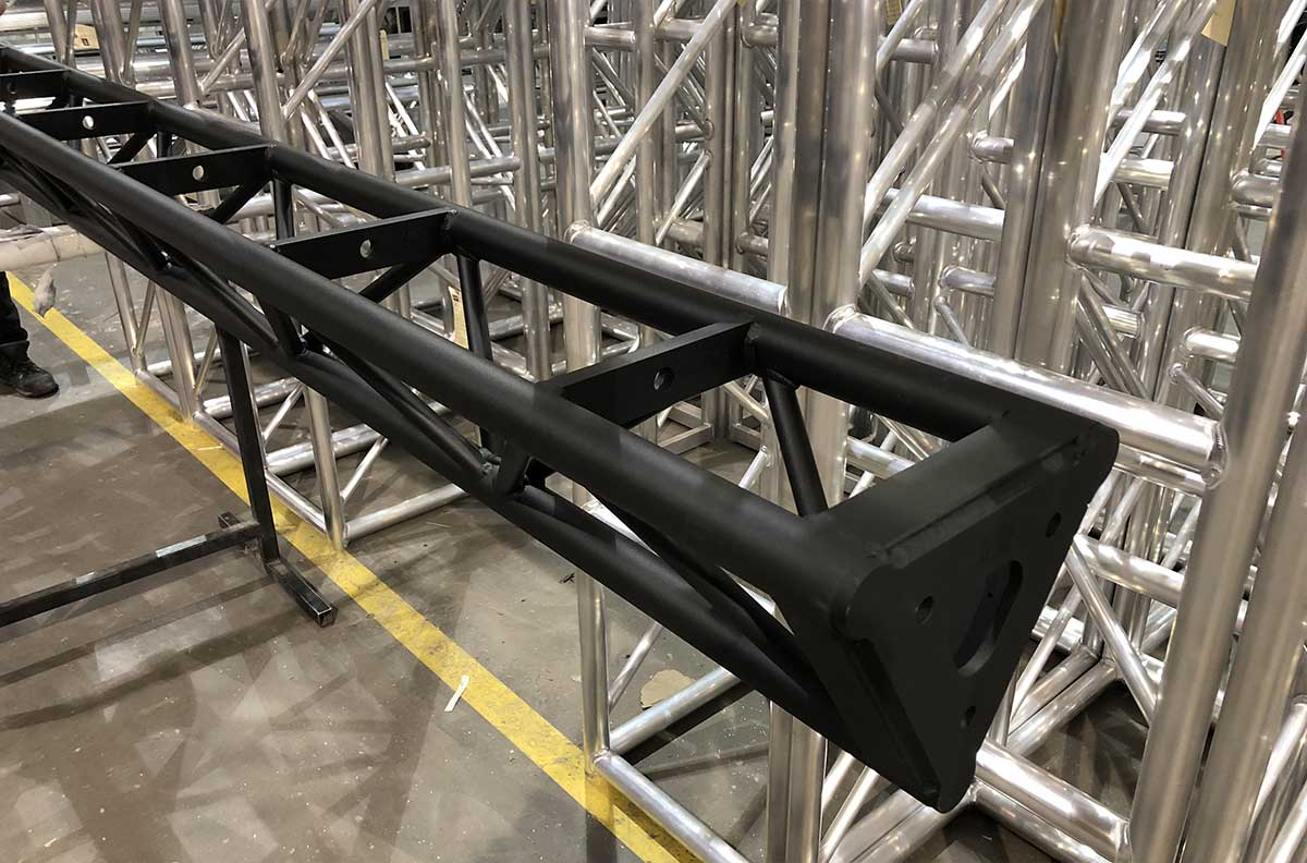powder coated Triangle Truss w/Protective Bolt Plate