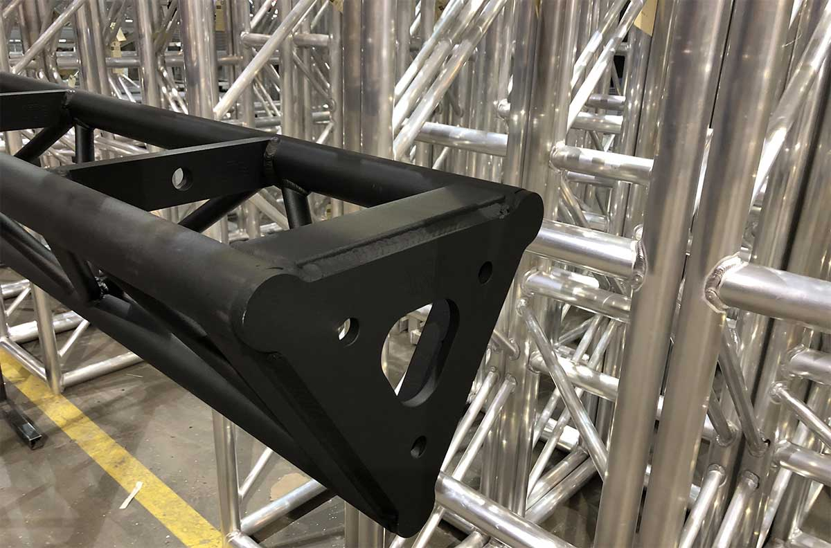 powder coated Triangle Truss w/Rig Point